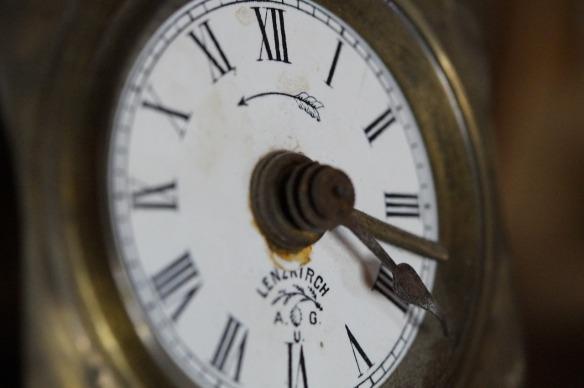 clock-590293_1280
